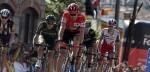 Vuelta 2015: Dumoulin raakt rood kwijt aan Aru en duikelt van podium