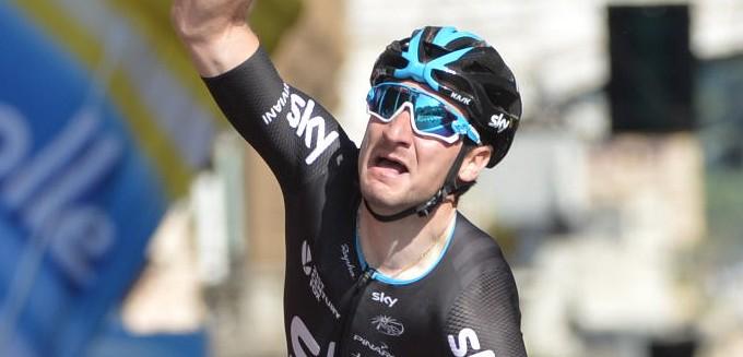 Viviani wint ochtendrit in Tour du Poitou Charentes