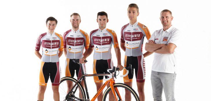 Steylaerts Badkamerrenovatie verlengt sponsorcontract veldritploeg Bart Wellens