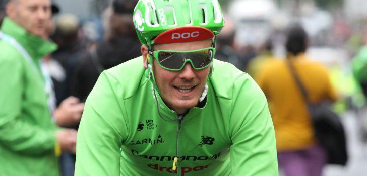 Van Baarle breekt ribben bij val in Tour of Britain