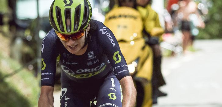 """Van Vleuten reed Ronde uit met ontwrichte schouder: """"Adrenaline is de beste pijnstiller"""""""