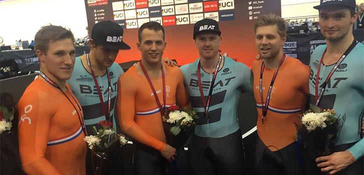 Zilver en brons voor Nederland op teamsprint tijdens wereldbeker in Manchester