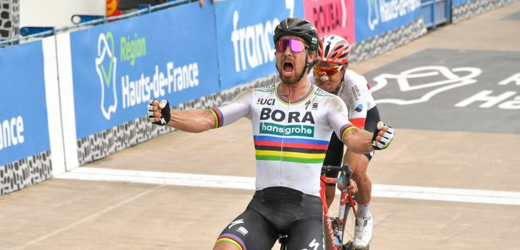 Peter Sagan triomfeert in Parijs-Roubaix, Terpstra derde