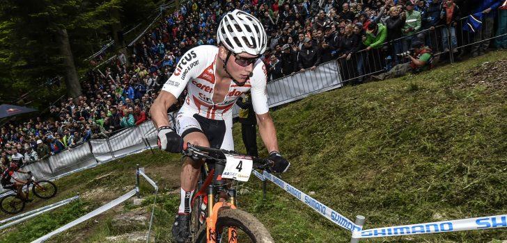 Mathieu van der Poel weer derde in World Cup MTB, Anne Tauber vierde