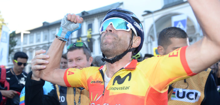 "Emotionele Valverde pakt eerste wereldtitel: ""Ik ben sprakeloos"""