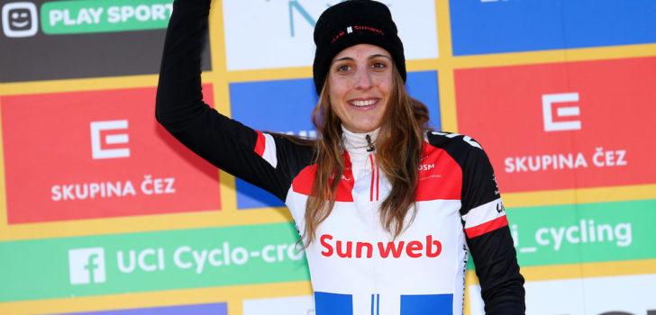 """Lucinda Brand: """"Dankzij uithoudingsvermogen van wegwielrennen kon ik vooraan blijven"""""""