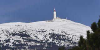 Groen licht voor etappe naar Mont Ventoux ondanks hevige sneeuwval