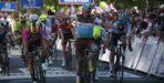 Groenewegen wint opnieuw in Duinkerke na declassering Venturini