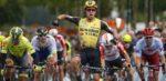 Dylan Groenewegen sprint ondanks val naar zege in ZLM Tour