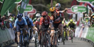 Pieters de snelste in slotrit OVO Energy Women's Tour, eindzege is voor Deignan
