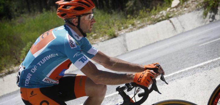 """Davide Rebellin (49) gaat door: """"Ik ben op de fiets zo blij als een kind"""""""