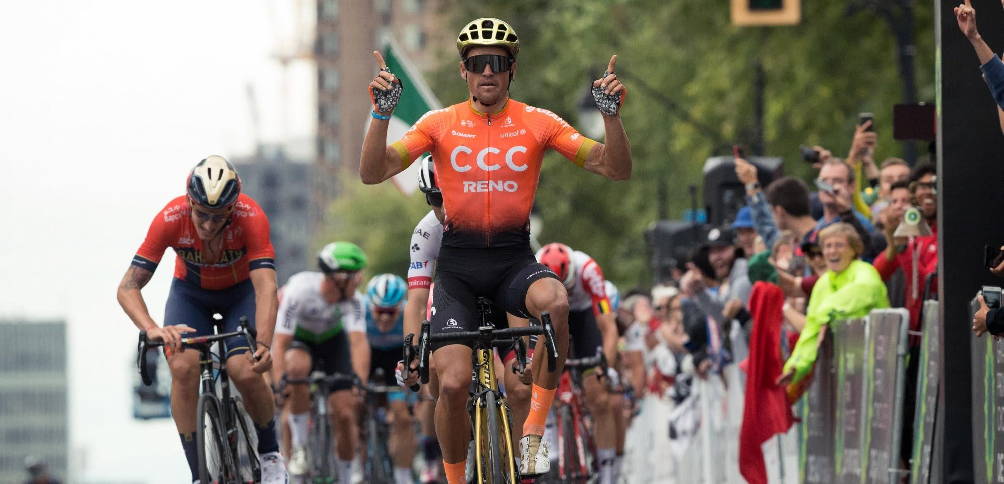 Greg Van Avermaet is de sterkste in de GP Montreal 2019