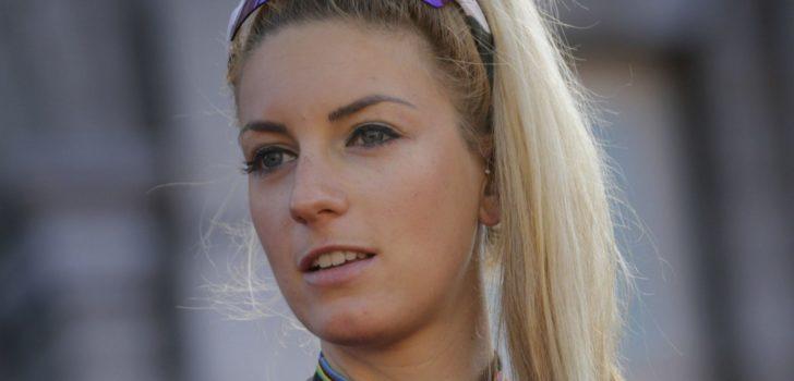 Pauline Ferrand-Prévot houdt Indergand van de winst in sprintrace Albstadt