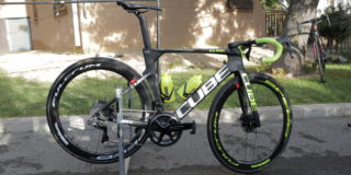 Geen verf op fietsen Circus-Wanty Gobert om gewicht te besparen
