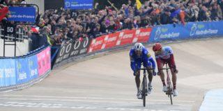 """Politt weet waar hij Parijs-Roubaix verloor van Gilbert: """"Te laat gestart met sprinten"""""""