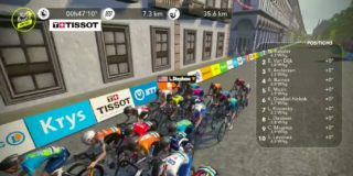 Lotte Kopecky tiende in slotrit Virtual Tour op Champs-Élysées
