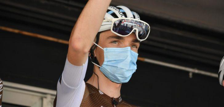 Gevallen Romain Bardet gaat niet van start in Mont Ventoux Dénivelé Challenge