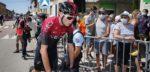 Fietswissel kostte Chris Froome tijd in Tour de l'Ain
