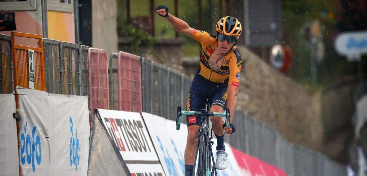Jumbo-Visma wint met Bennett ook Gran Piemonte, Van der Poel derde