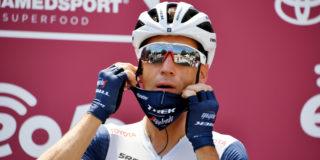 Vincenzo Nibali verlaat Strade Bianche met handblessure