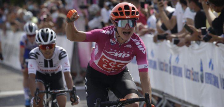 Giro Rosa: Marianne Vos sprint in Nola naar haar derde etappezege