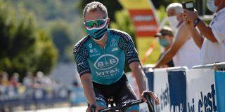 Tom-Jelte Slagter (31) hangt zijn fiets aan de haak