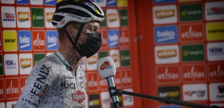 """Van der Poel: """"Probeerde zo zuinig mogelijk de overwinning te nemen"""""""