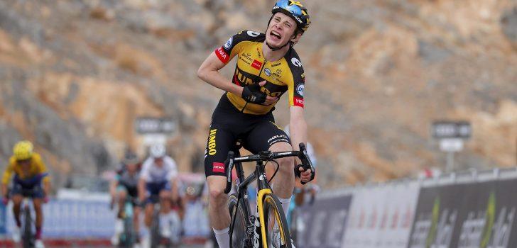 Jonas Vingegaard wint bergrit naar Jebel Jais, Ben Hermans negende