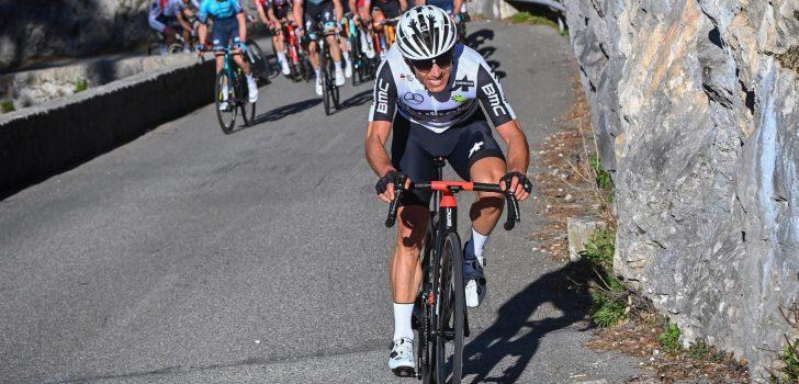 Tour 2021: Sergio Henao haalt Parijs met breuk in spaakbeen