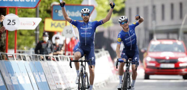 Mikkel Honoré en Cerny bezorgen Deceuninck-Quick-Step 1-2'tje in Baskenland
