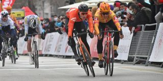Nederlander De Kleijn wint openingsrit Ronde van Turkije, Jasper Philipsen vijfde