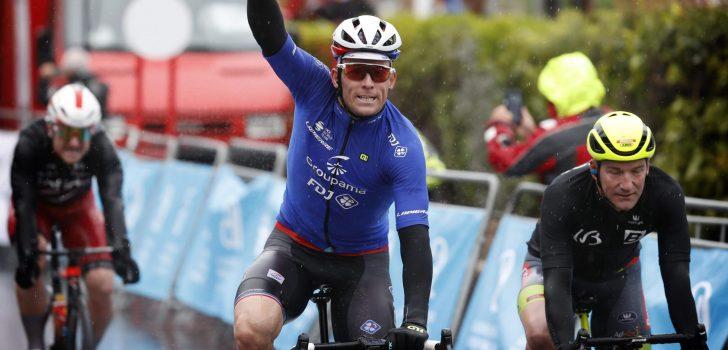 Démare sprint sneller dan Dupont en Ewan in Ronde van Valencia