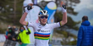 Anna van der Breggen slaat dubbelslag op slotdag Ronde van Burgos