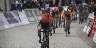 Lorena Wiebes boekt afgetekende sprintzege in Thüringen Ladies Tour
