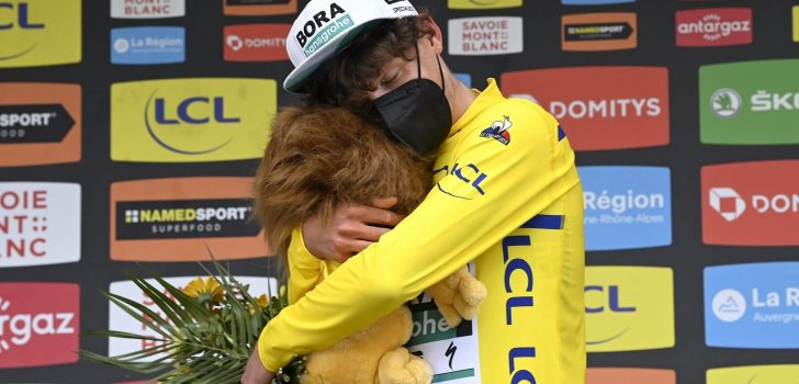 Volg hier de derde etappe van het Critérium du Dauphiné 2021